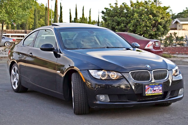 2008 BMW 328xi COUPE PREMIUM / SPORT PKG NAVIGATION AUTOMATIC HEATED STS XENON SERVICE RECORDS Woodland Hills, CA 4