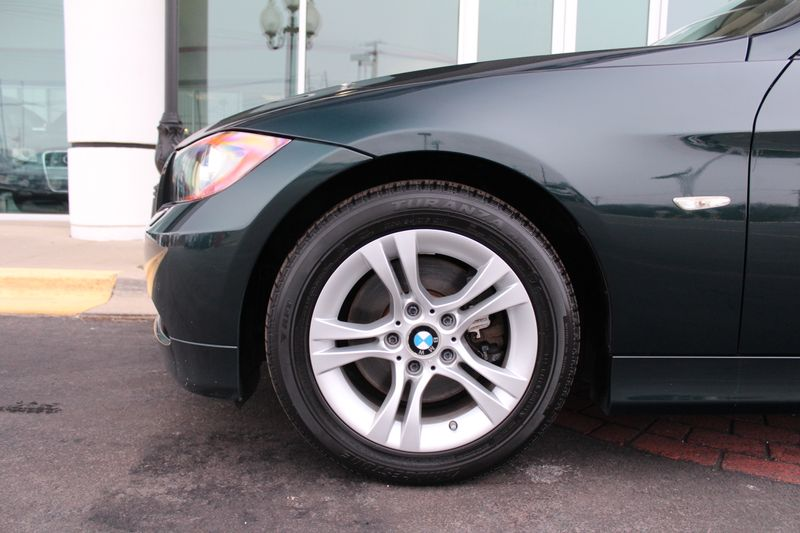 2008 BMW 328xi   Grayslake IL  Executive Motor Carz  in Grayslake, IL
