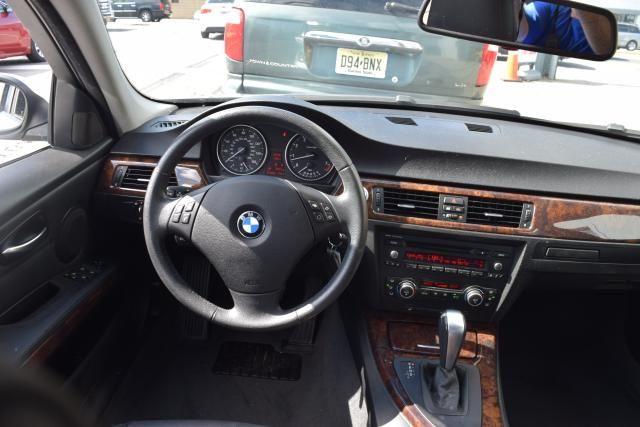 2008 BMW 328xi 4dr Sdn 328xi AWD Richmond Hill, New York 9