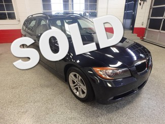 2008 Bmw 328xi Awd- WAGON. LARGE ROOF NEW COND. Saint Louis Park, MN
