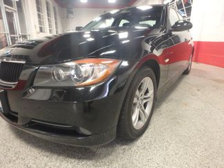 2008 Bmw 328xi Awd.  LOW MILE BEAUTY, WARRANTY INCLUDED!~ Saint Louis Park, MN 16