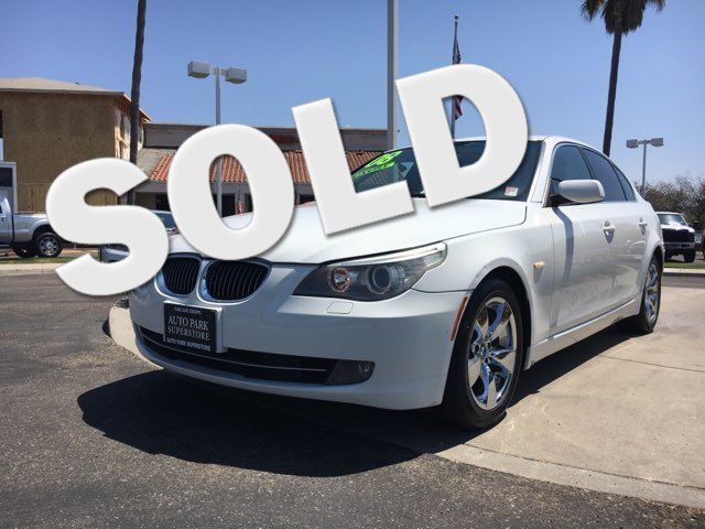 2008 BMW 5-Series 528i Fine leather seats will enhance your comfort and keep your interior looking