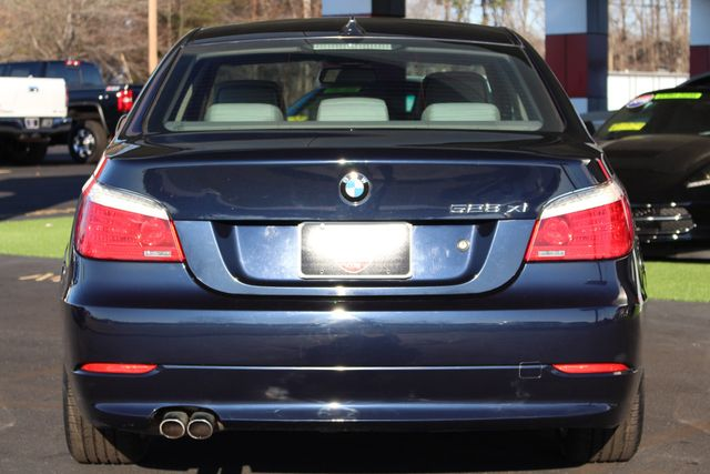 2008 BMW 528xi AWD - PREMIUM & COLD WEATHER PKGS! Mooresville , NC 17