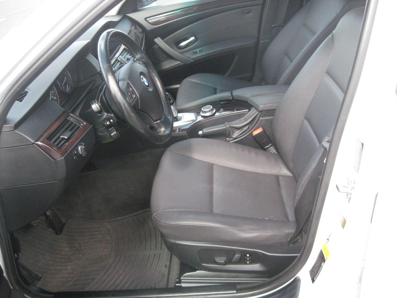 2008 BMW 528xi city CT York Auto Sales
