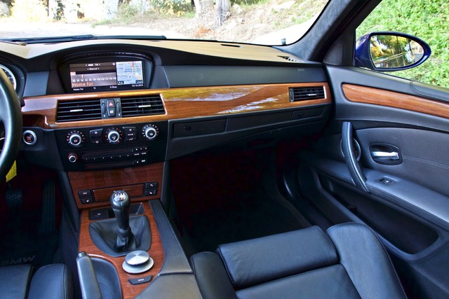 2008 BMW M Models M5 6 SPEED MANUAL ONLY 57K MLS 1-OWNER HEAD-UP DISPLAY NEW TIRES Woodland Hills, CA 26