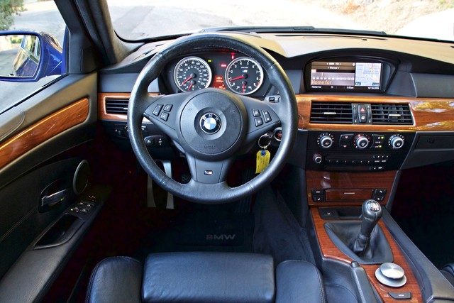2008 BMW M Models M5 6 SPEED MANUAL ONLY 57K MLS 1-OWNER HEAD-UP DISPLAY NEW TIRES Woodland Hills, CA 27