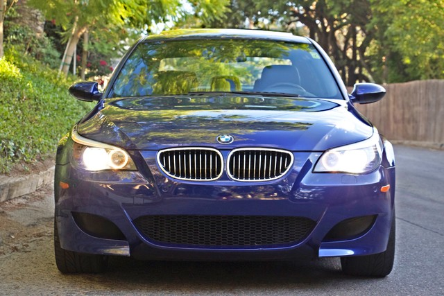 2008 BMW M Models M5 6 SPEED MANUAL ONLY 57K MLS 1-OWNER HEAD-UP DISPLAY NEW TIRES Woodland Hills, CA 4
