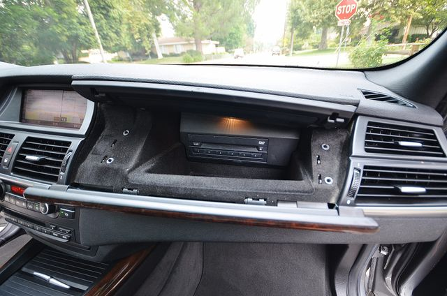 2008 BMW X5 4.8i Reseda, CA 36