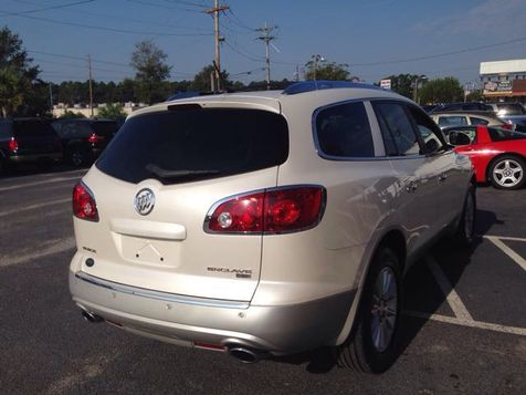 2008 Buick Enclave CXL | Myrtle Beach, South Carolina | Hudson Auto Sales in Myrtle Beach, South Carolina