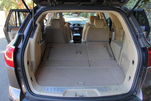 2008 Buick Enclave CXL Reseda, CA 25