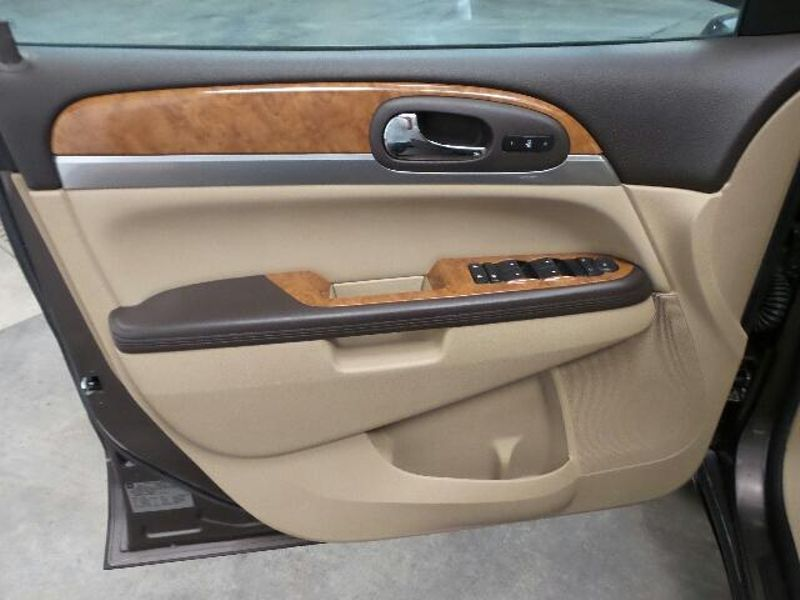 2008 Buick Enclave CXL  in Victoria, MN