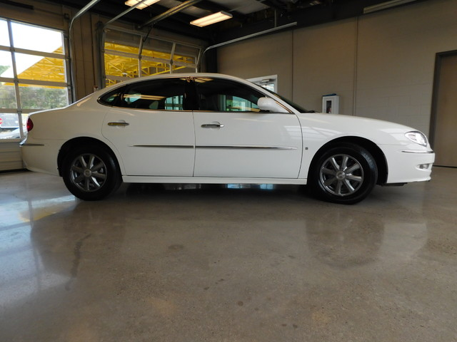 2008 Buick LaCrosse CXL  city TN  Doug Justus Auto Center Inc  in Airport Motor Mile ( Metro Knoxville ), TN