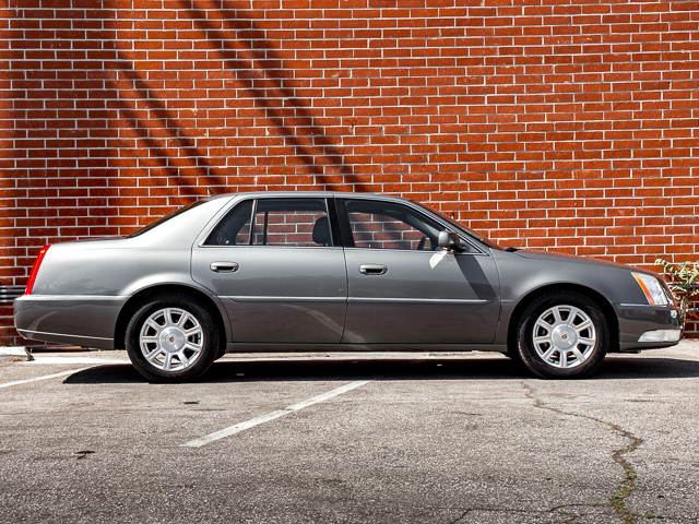 2008 Cadillac DTS w/1SA Burbank, CA 4