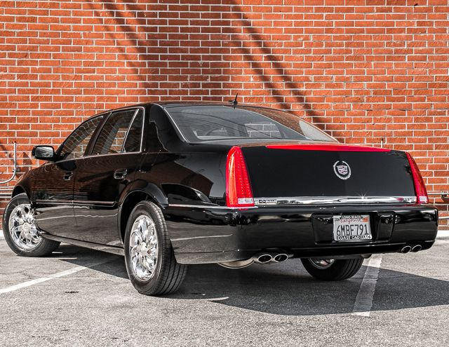 2008 Cadillac DTS w/1SB Burbank, CA 5