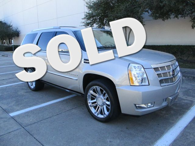 2008 Cadillac Escalade  AWD Platinum Plano, Texas 0