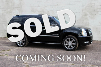 2008 Cadillac Escalade AWD Luxury SUV w/3rd Row in Eau, Claire,
