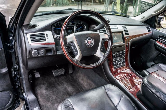 2008 Cadillac Escalade ESV Reseda, CA 16