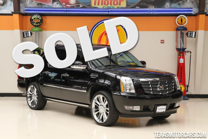 2008 Cadillac Escalade EXT   in Addison, Texas