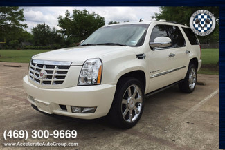 2008 Cadillac Escalade LOW MILES! | Garland, Texas | Accelerate Auto Group in Garland