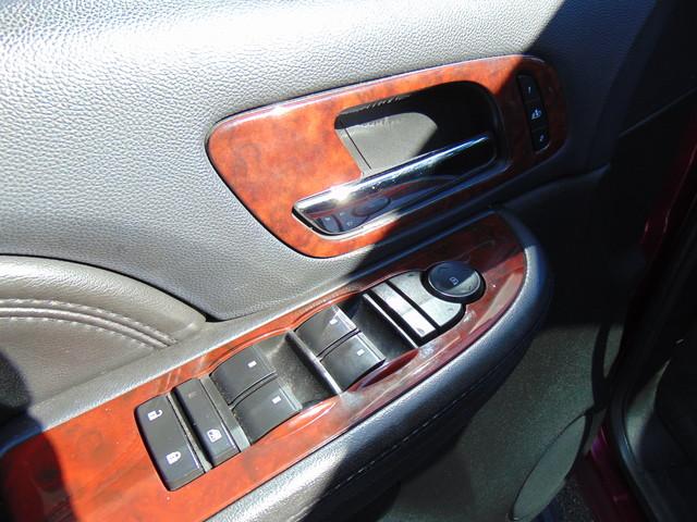 2008 Cadillac Escalade LUXURY Leesburg, Virginia 10