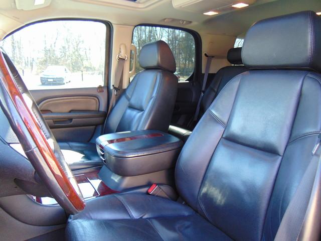 2008 Cadillac Escalade LUXURY Leesburg, Virginia 12