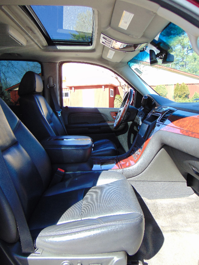 2008 Cadillac Escalade LUXURY Leesburg, Virginia 31