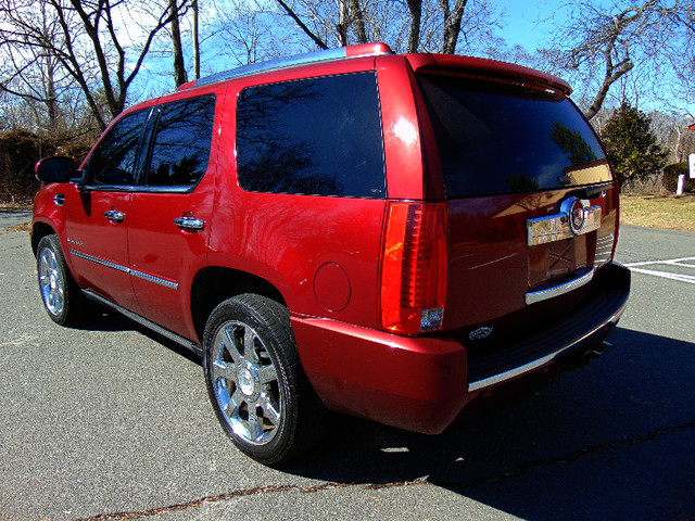 2008 Cadillac Escalade LUXURY Leesburg, Virginia 3