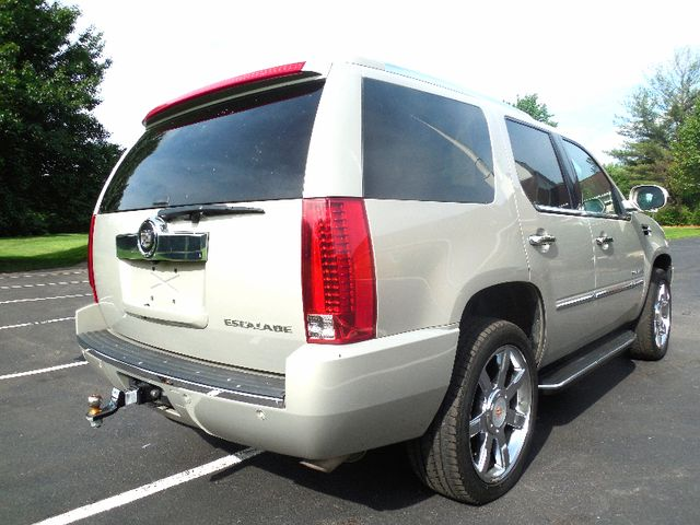 2008 Cadillac Escalade Leesburg, Virginia 5