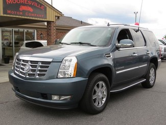 2008 Cadillac Escalade AWD 4dr | Mooresville, NC | Mooresville Motor Company in Mooresville NC