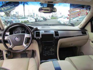 2008 Cadillac Escalade Sacramento, CA 14