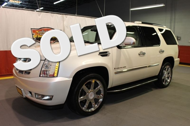 2008 Cadillac Escalade   city Illinois  Ardmore Auto Sales  in West Chicago, Illinois