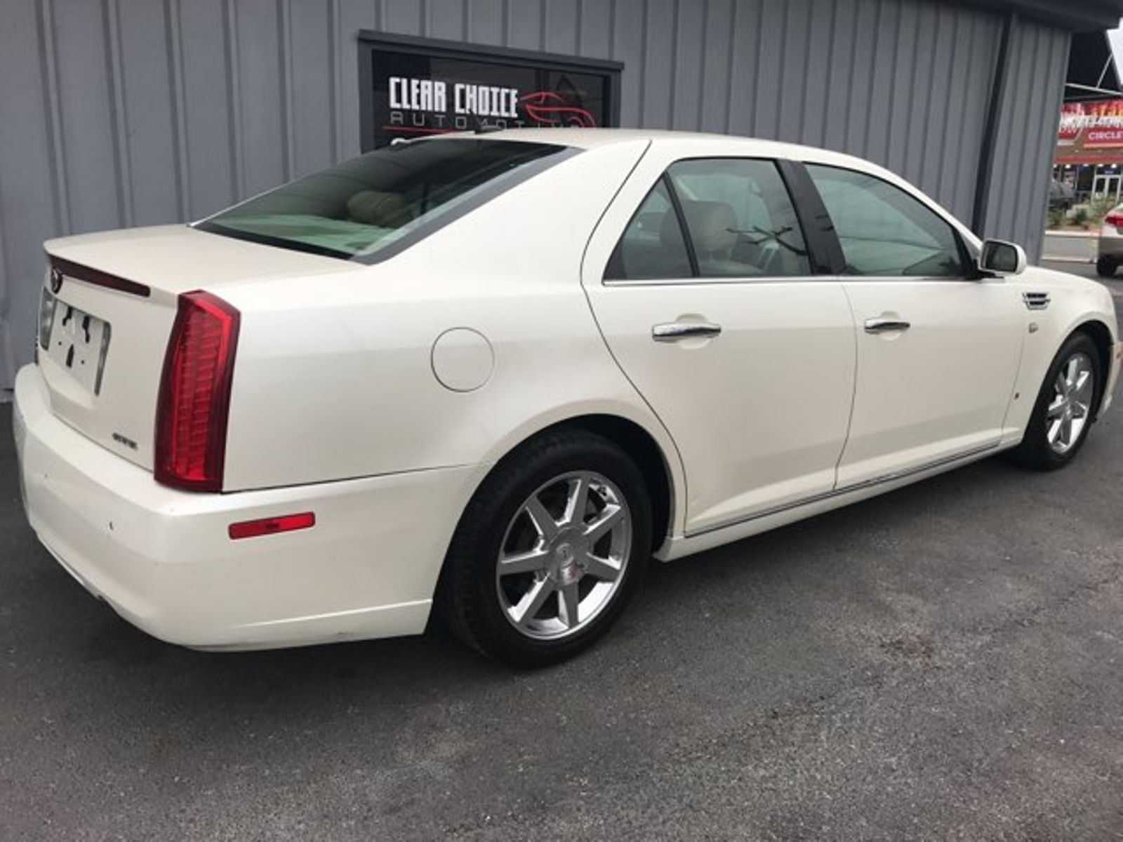 listings sts img cadillac