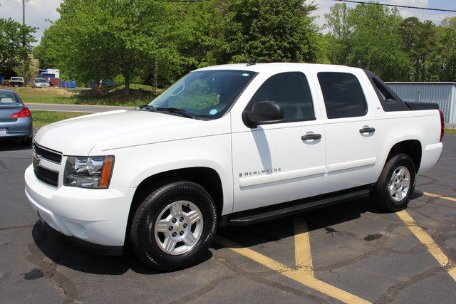 2008 Chevrolet Avalanche LS Mooresville , NC 2