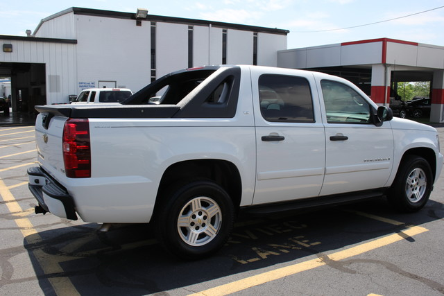 2008 Chevrolet Avalanche LS Mooresville , NC 6