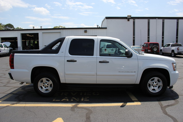 2008 Chevrolet Avalanche LS Mooresville , NC 7