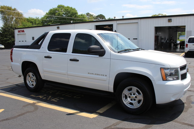 2008 Chevrolet Avalanche LS Mooresville , NC 8