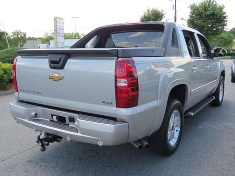2008 Chevrolet Avalanche LT w/2LT | Mooresville, NC | Mooresville Motor Company in Mooresville, NC