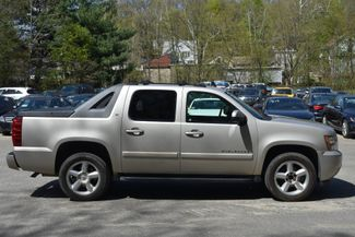 2008 Chevrolet Avalanche LT Naugatuck, Connecticut 5