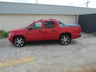 2008 Chevrolet Avalanche, Like New! Clean CarFax! New Orleans, Louisiana 5
