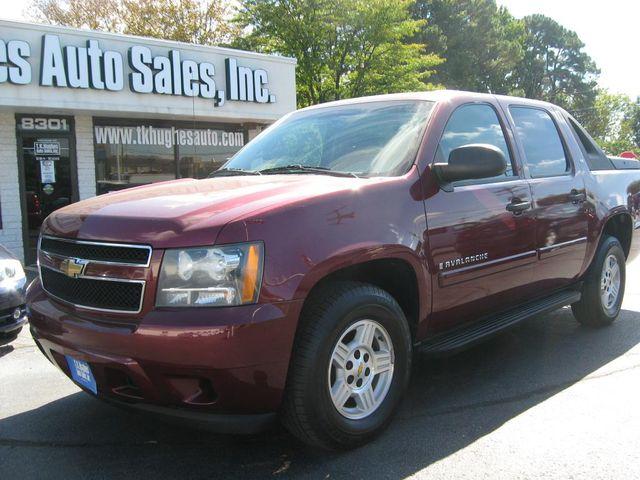 2008 Chevrolet Avalanche LS Richmond, Virginia 1