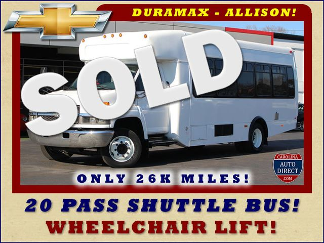 2008 Chevrolet C5500 Supreme SHUTTLE BUS - WHEELCHAIR LIFT! Mooresville , NC 0