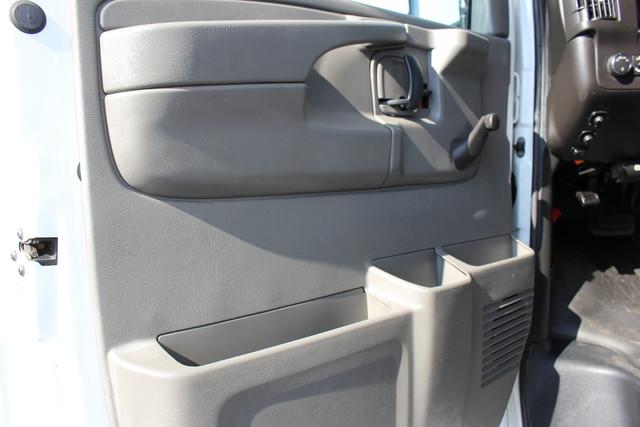 2008 Chevrolet Express  StarTrans Senator Handicap Mooresville , NC 15