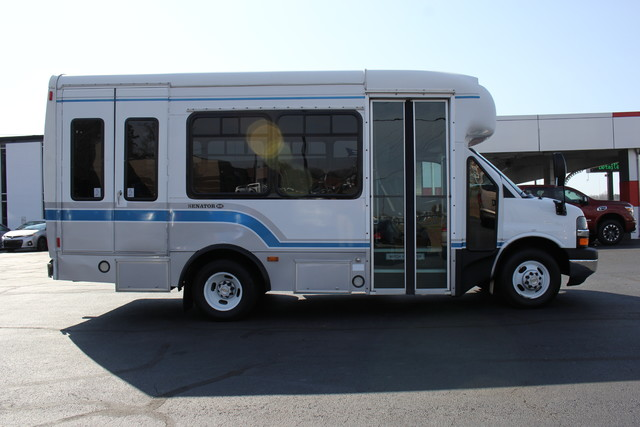 2008 Chevrolet Express  StarTrans Senator Handicap Mooresville , NC 1