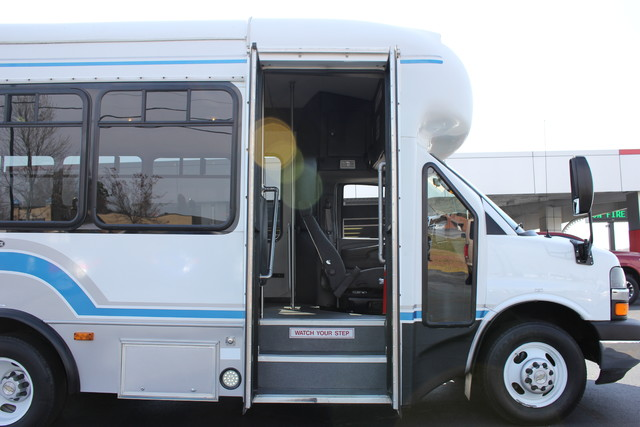 2008 Chevrolet Express  StarTrans Senator Handicap Mooresville , NC 34