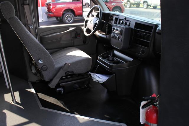 2008 Chevrolet Express  StarTrans Senator Handicap Mooresville , NC 35