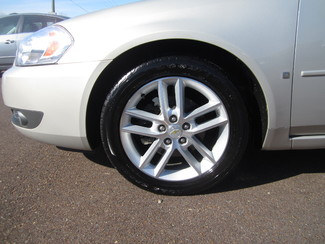 2008 Chevrolet Impala LTZ Batesville, Mississippi 16