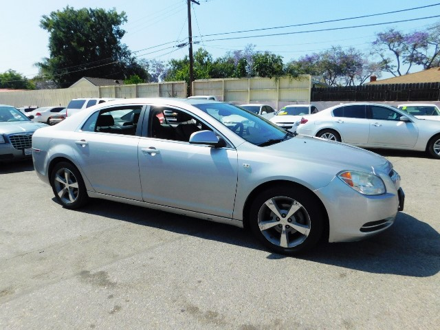 2008 Chevrolet Malibu LT w2LT Limited warranty included to assure your worry-free purchase AutoC