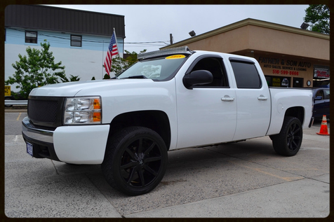 2008 Chevrolet Silverado 1500 LT w/1LT in Lynbrook, New