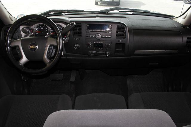 2008 Chevrolet Silverado 1500 LT Crew Cab 4x4 Z71 - BRAND NEW TIRES! Mooresville , NC 24