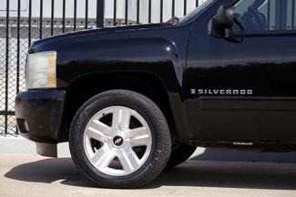 2008 Chevrolet Silverado 1500 LT 4x4 * 1-OWNER * Ext Cab * 20's * 5.3 * Spray-In Plano, Texas 31